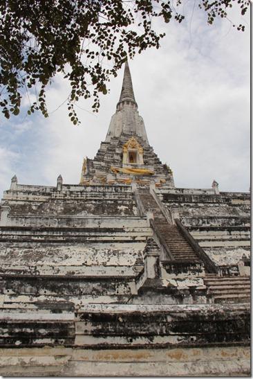 2012_08_11 Wat Phu Khao Thong (5)