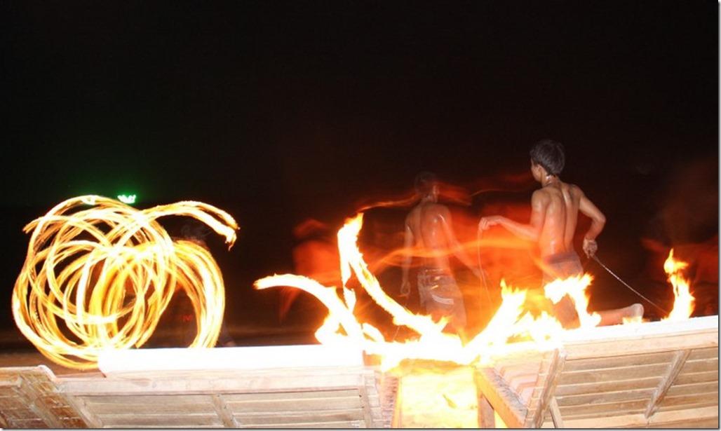 2013_03_02 Thailand Ko Samet Fire Dancing (15)