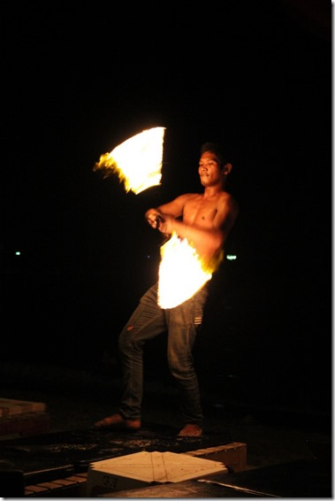2013_03_02 Thailand Ko Samet Fire Dancing (1)