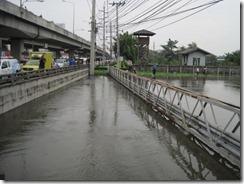 2011_10_20 Swollen Canal (2)