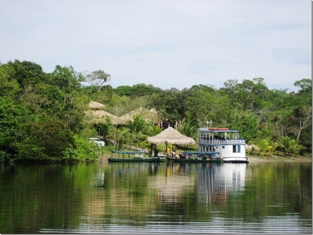 2008_07_17 Brazil Amazon Resort (1)